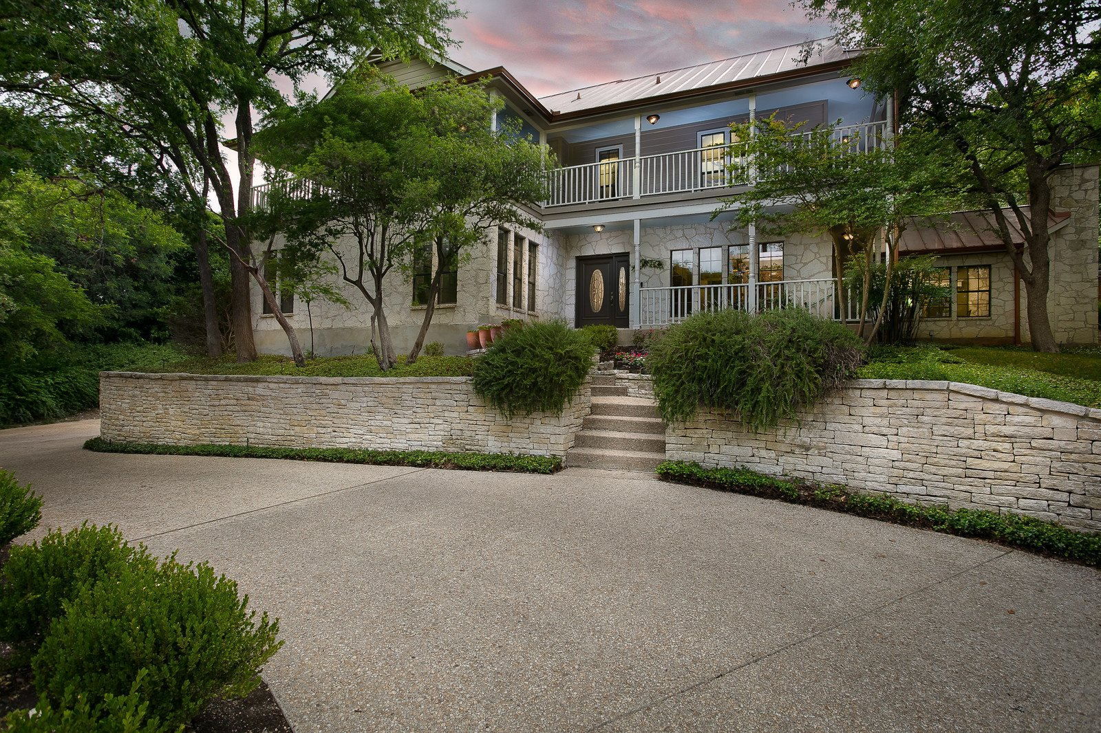 Luxury Home for sale 611 Bluff Trail San Antonio