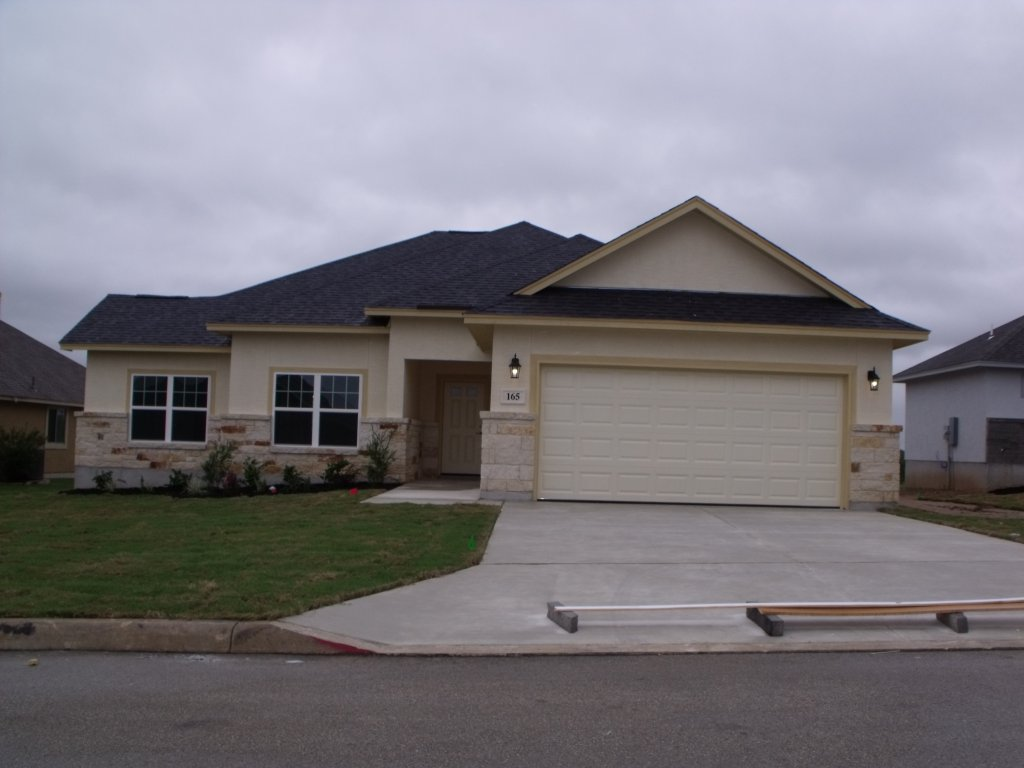 Model home for sale - floresville tx