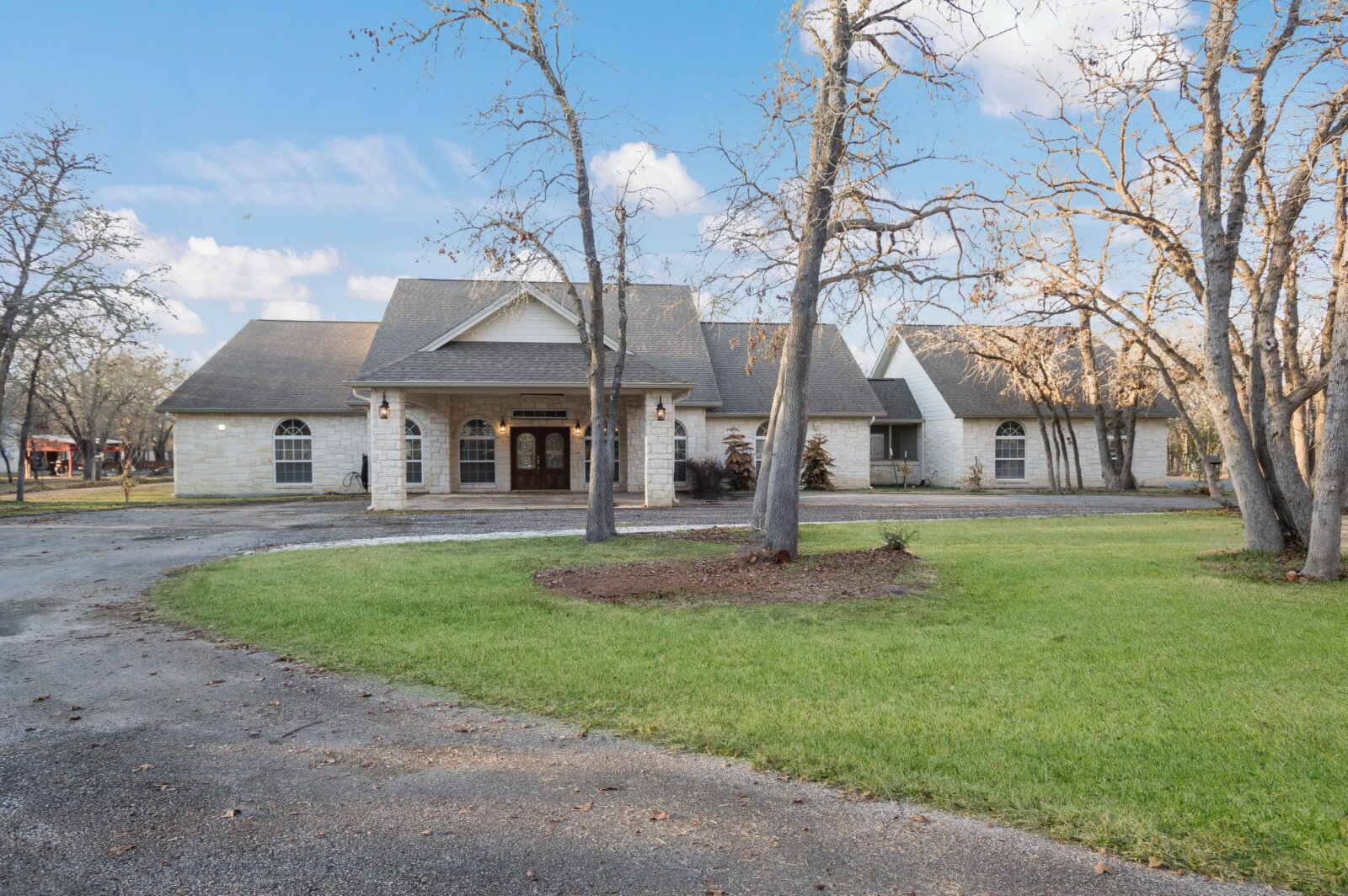 Floresville TX home for sale -- sold