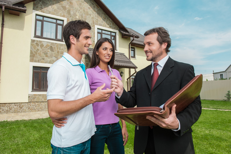 Setbacks Homeowners Face When Hiring an Agent in Omaha and Council Bluffs