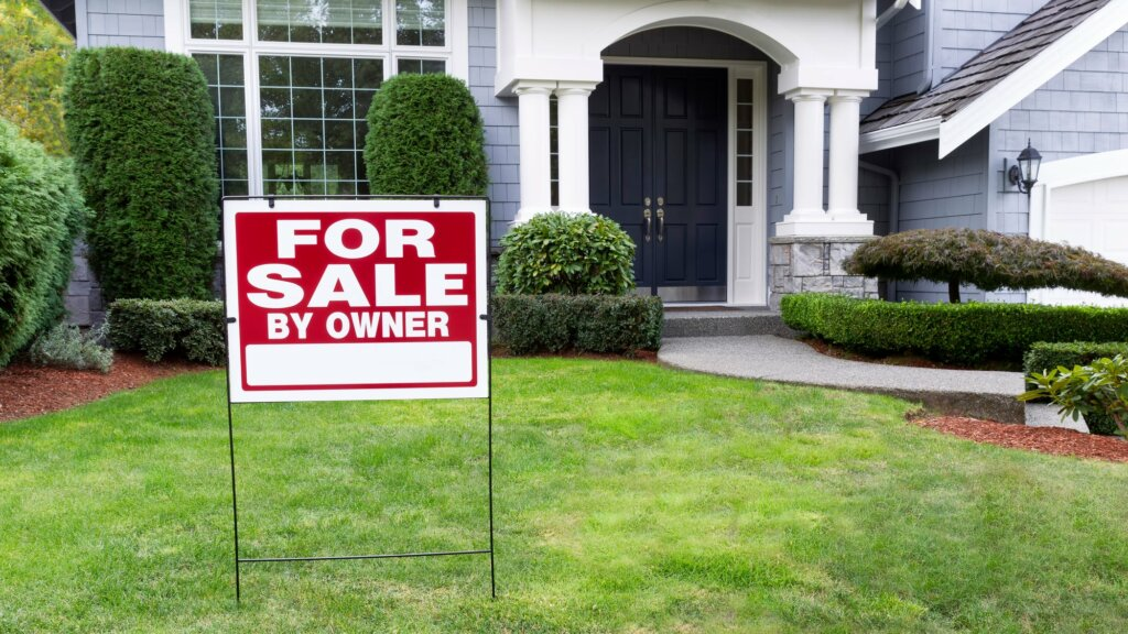 How Selling Your Omaha and Council Bluffs House Directly Will Save You Thousands in Repair Costs