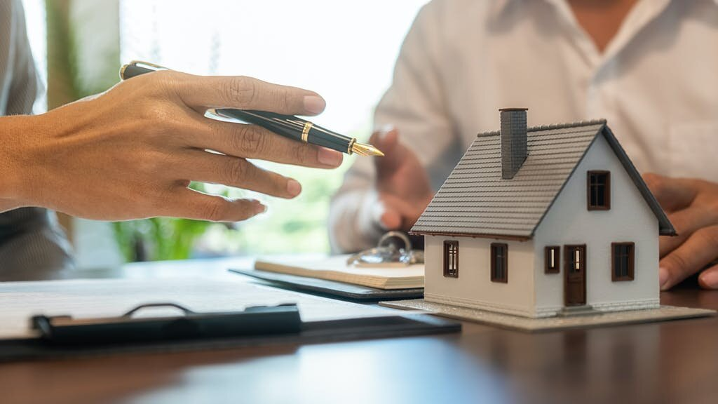 Tips to Help You Sell a House Fast in Omaha and Council Bluffs After Losing a Loved One