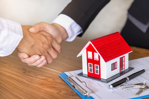The Basics Of An Investor Wholesaler Agreement in Omaha and Council Bluffs