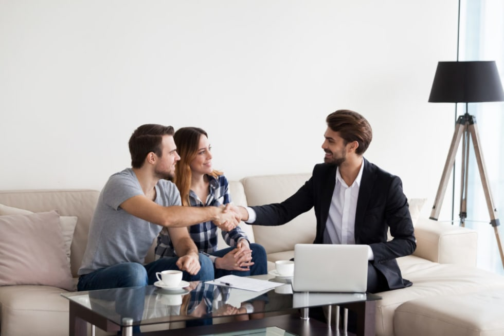 How To Handle Tenant Complaints in Omaha and Council Bluffs