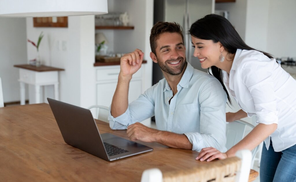 How to Do a Lien Search for Omaha And Council Bluffs Investment Home Buyers