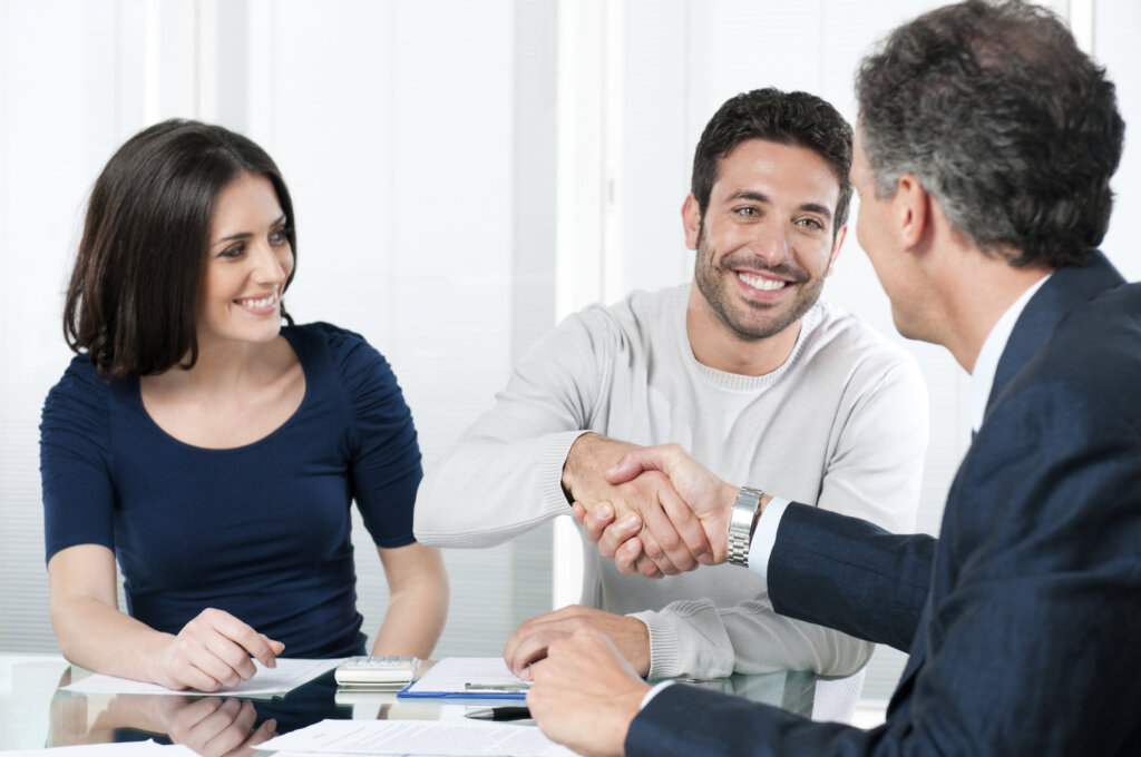 Reasons Why Omaha and Council Bluffs Real Estate Investors Need To Work With a Professional Home Buyer