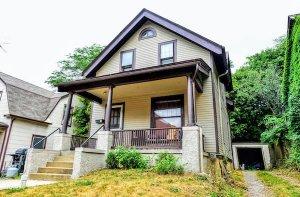 we buy houses in west allis like this