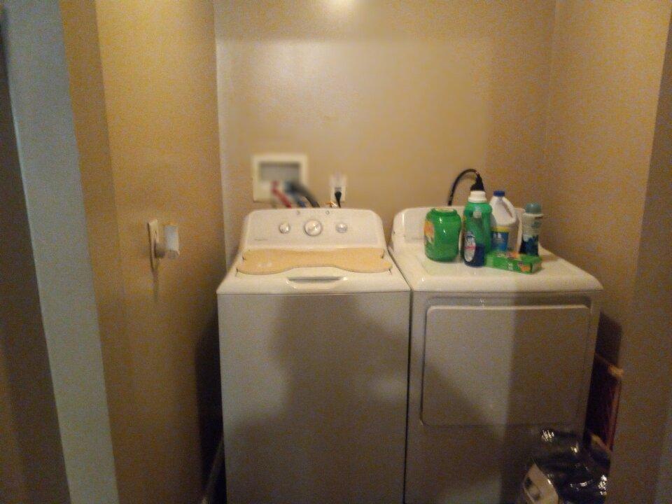 754 alma ave washroom