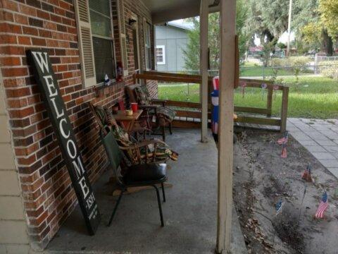 719 Virginia Ter porch