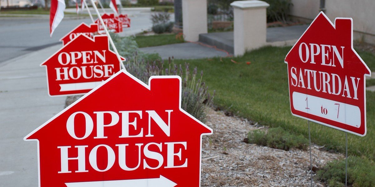 pros and cons of an open house | open house sign