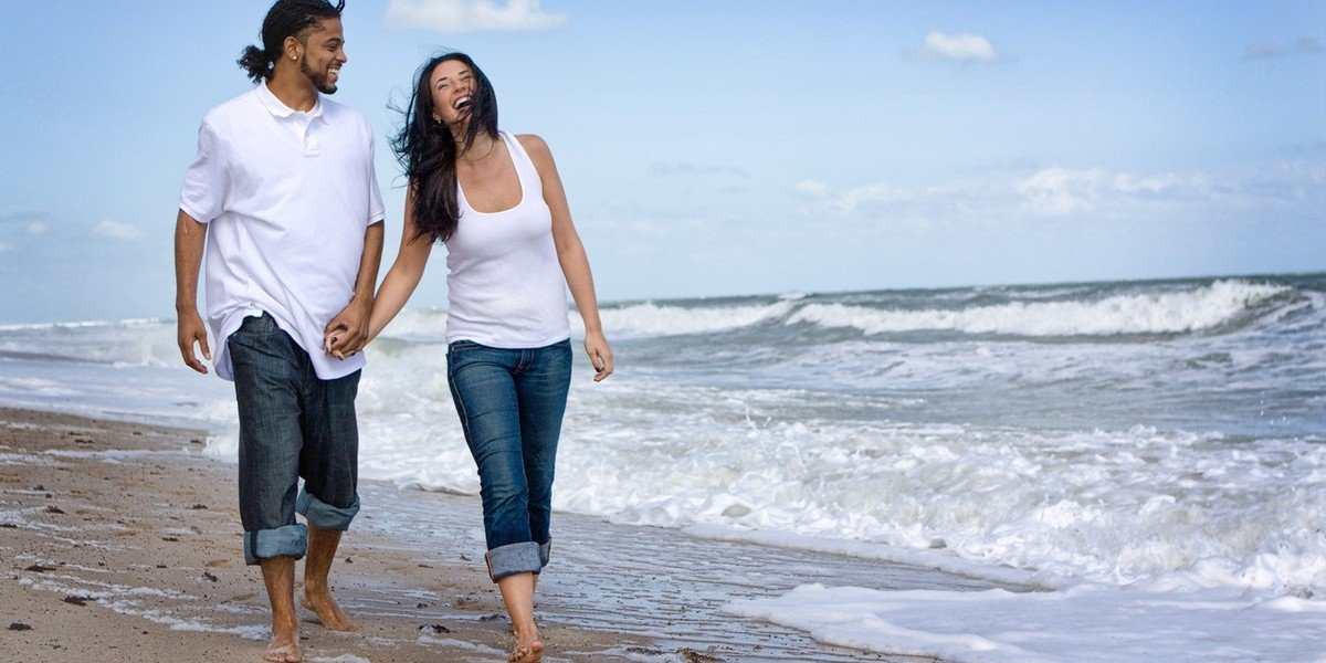 Probate Can Be One of the Best Niches   couple walking on the beach