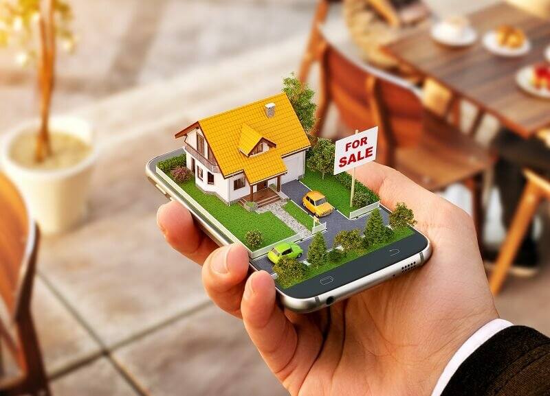 Using Social Media to Sell Your House