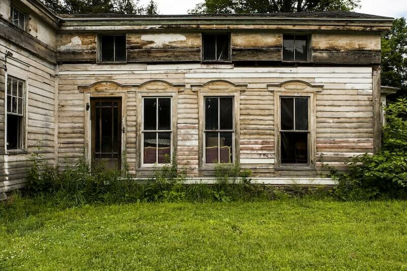 Abandoned house in Rhode Island
