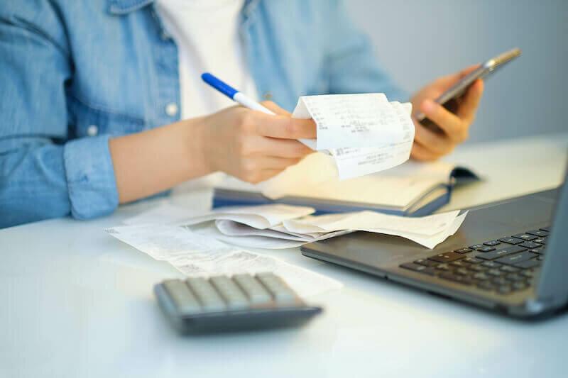 Computing Food & Shopping Expenses