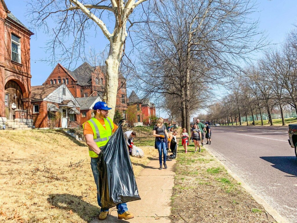st. louis community clean up day
