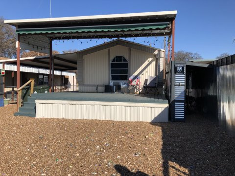 WATERFRONT HOME IN GRANBURY