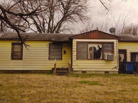 E Woodrow Pl Tulsa - front