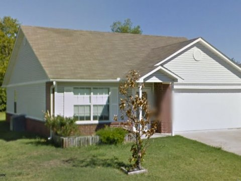 Buckingham Drive Claremore - sideview