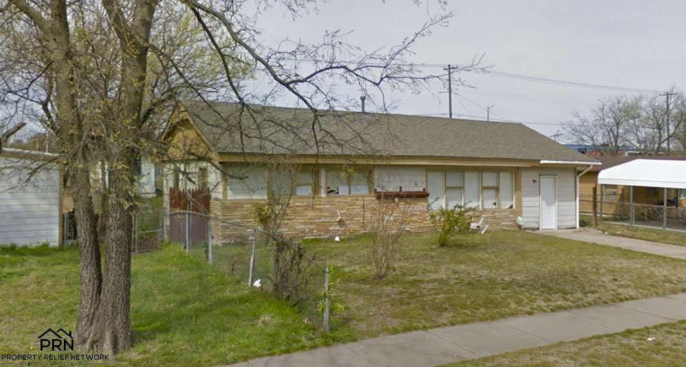 N Delaware Ave Tulsa - sideview