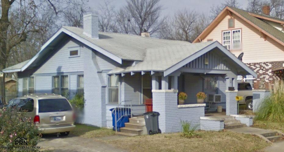 N Yorktown Ave - sideview