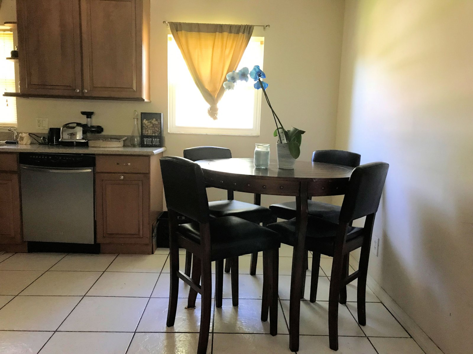 Rent to Own Home in Orlando FL - Dining Room