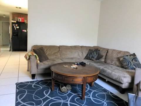 Rent to Own Home in Orlando FL - Living Room
