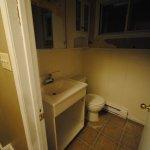 we-buy-ugly-houses-bath-before