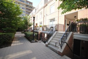 Do you need to relocate and can't sell your house in the Toronto area?