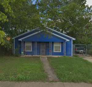 blue house bad neighborhood crime dallas