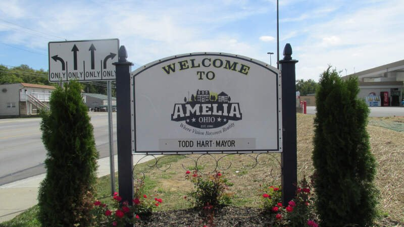welcome to amelia oh sign