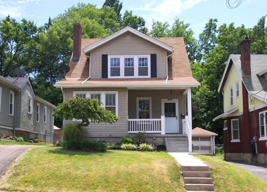 Sell My House Fast In Norwood - Top Real Estate Agent