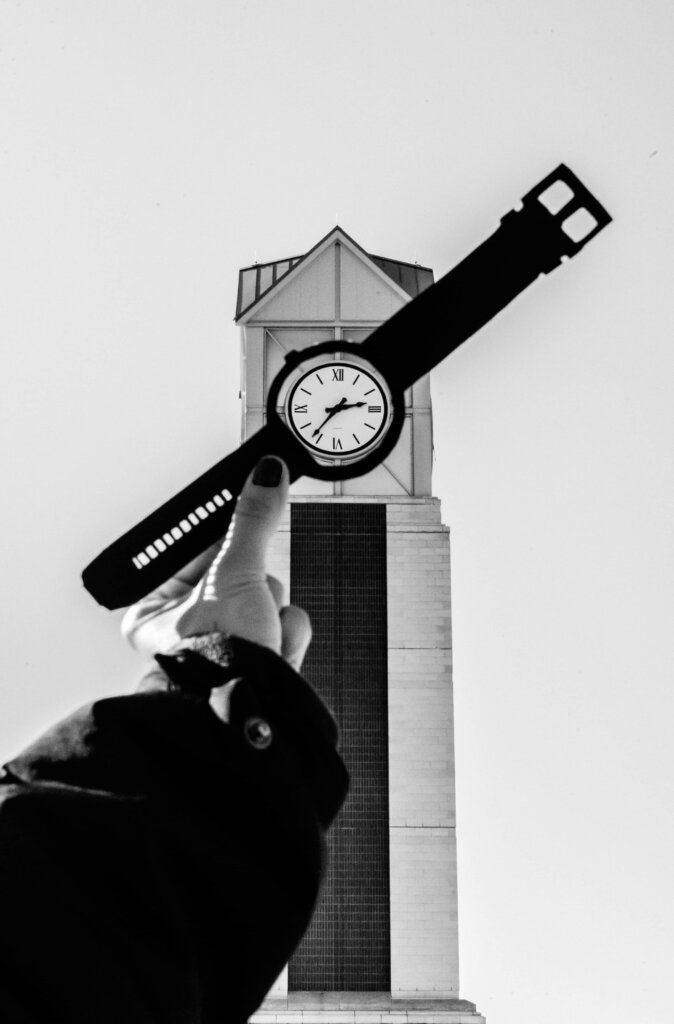 Things People Often Don't Know About Selling a House - Timing