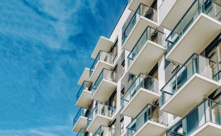 Know if You Should Buy a House or Condo- Building