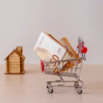 Choose the Right Offer When Selling Your House- Shopping