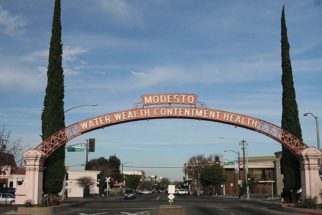 Modesto sign - on the sell your house fast in Modesto page