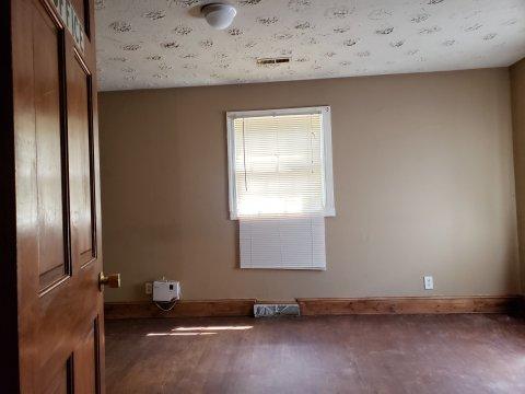 Fixer-upper-property-for-sale-Greensboro-NC