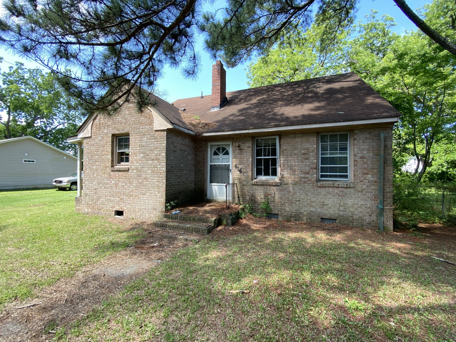 buy-cash-homes-Greenville-sell-my-house-fast-for-cash-off-market