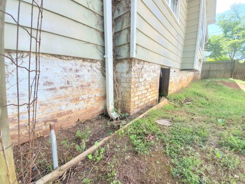 triad-discount-homes-contractor-special-property-in-Winsotn-Salem-NC-Rented-Turnkey