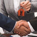 Real Estate Agent versus Real Estate Investor