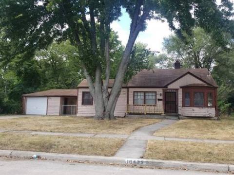 Aspalt Shingle Roof Single Family Home for sale in Detroit