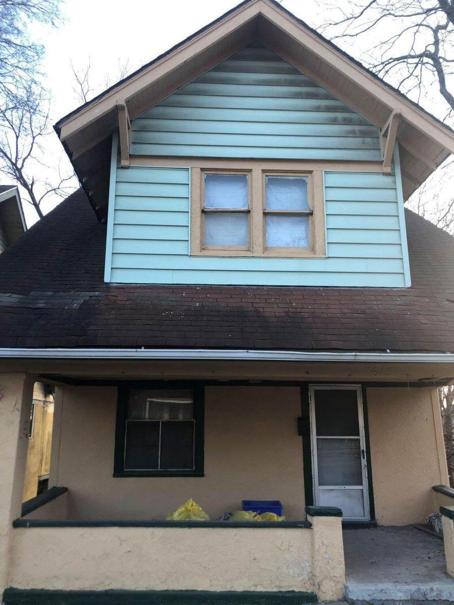 KC Flip that House logo