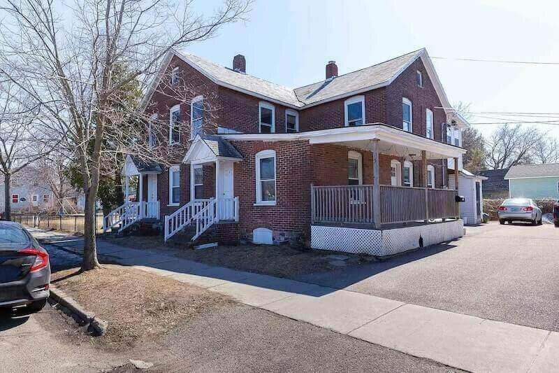 1 Willow St, Burlington, VT 05401