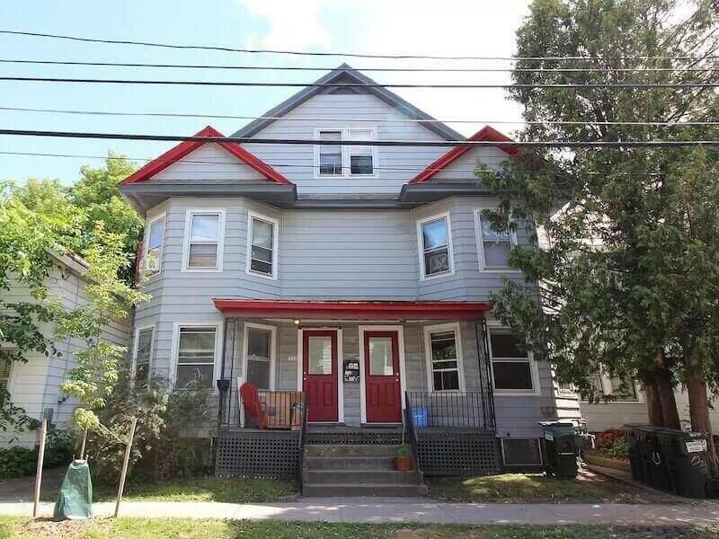 313-315 North St, Burlington, VT 05401