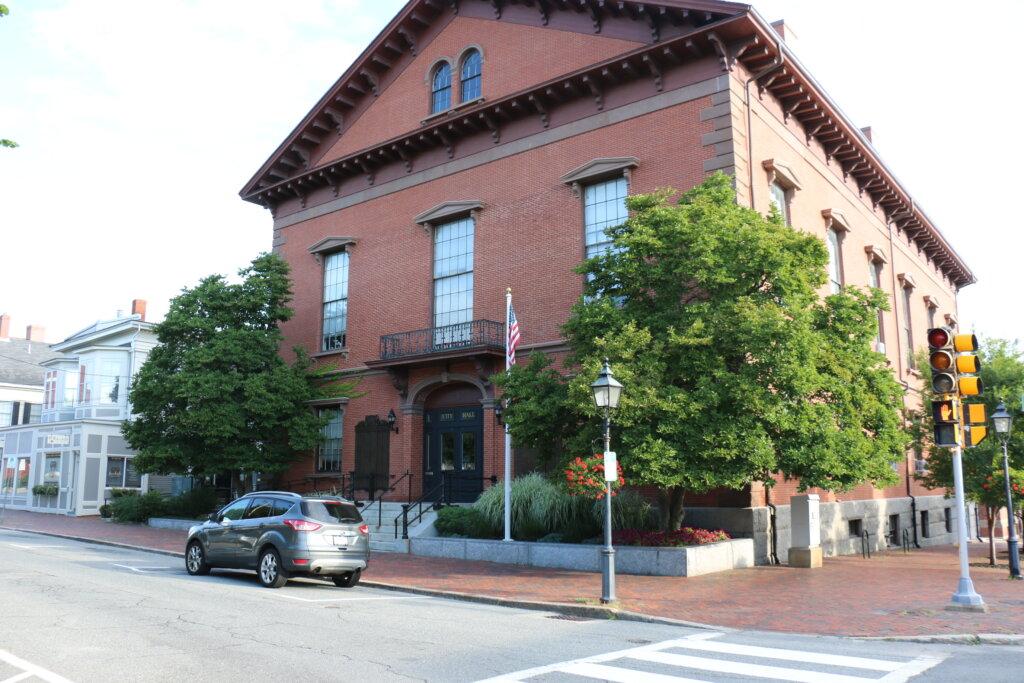 Newburyport Town Hall