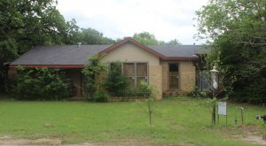 We buy houses Burleson TX