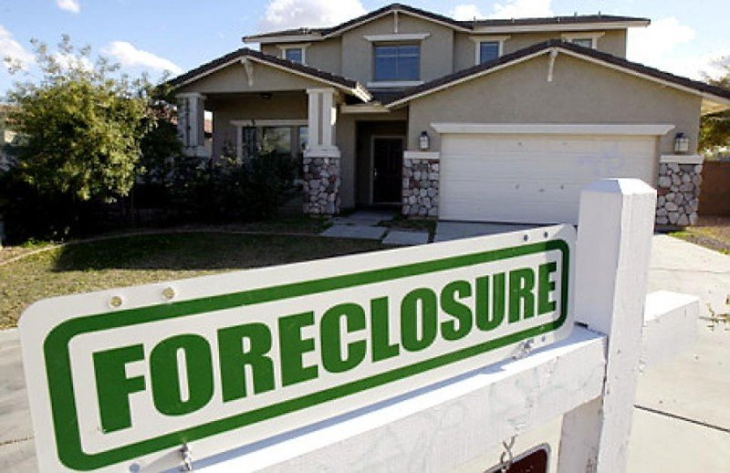 I'm in Edison, NJ foreclosure can I refinance?