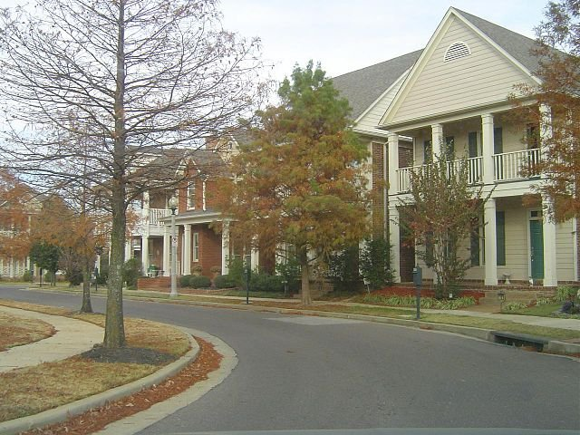 a city street in Cordova TN, on the sell your house fast in Cordova page