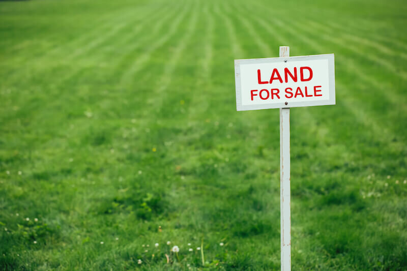 process of selling land without a realtor in Gainesville