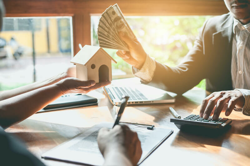selling house to a cash home buyer