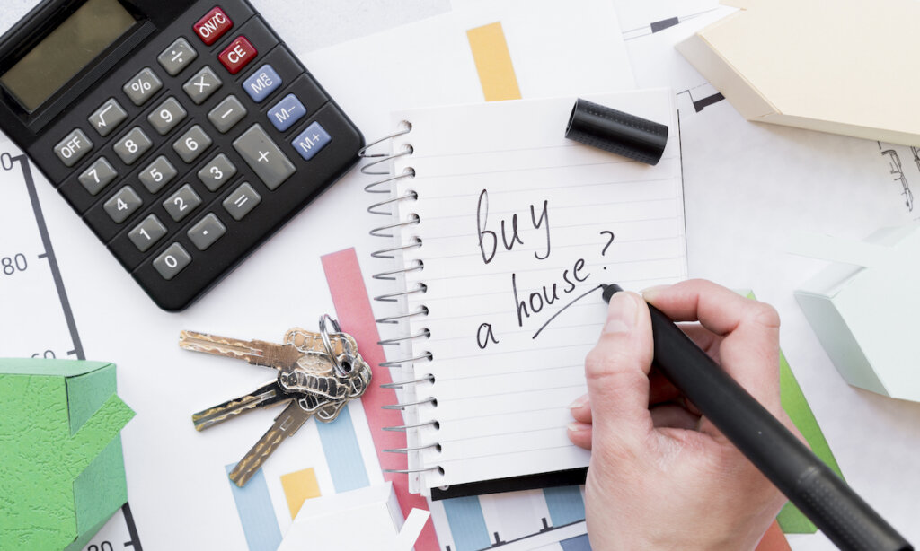 5 Steps to Take to Prepare to Buy a House